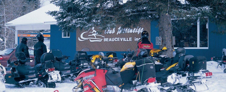 303 club motoneige beauceville beauceville for Club piscine quebec qc