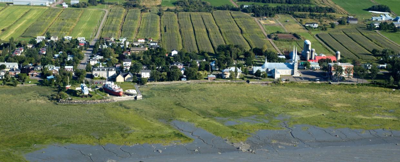 Canada – Un voyage de Québec vers la Gaspésie a travers les paroisses au 19 eme siècle Afficher-20170709113426-20110530165233-paysages-l-islet-credits-michel-julien-2.jpg.1240x504_q75_crop