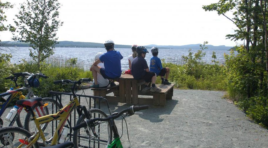 Cycling at Parc national de Frontenac
