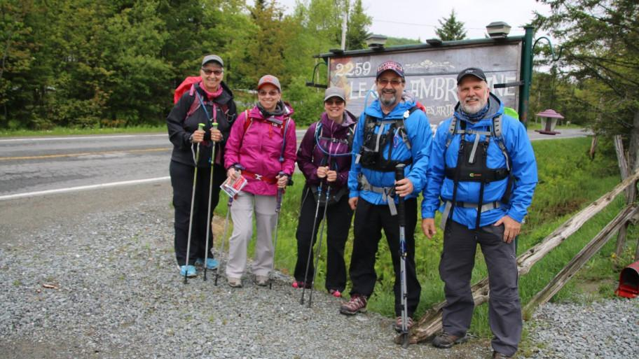 Groupe de marcheurs chemin de st-jacques-appalaches